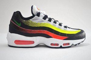 "Nike Air Max 95 Trainers <span class=""prodcode""><br>SE AJ2018-004</span>"