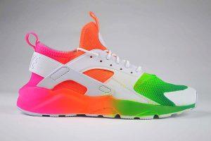 "Nike Air Huarache Run Ultra Trainers Rainbow <span class=""prodcode""><br>GS 847569-100</span>"